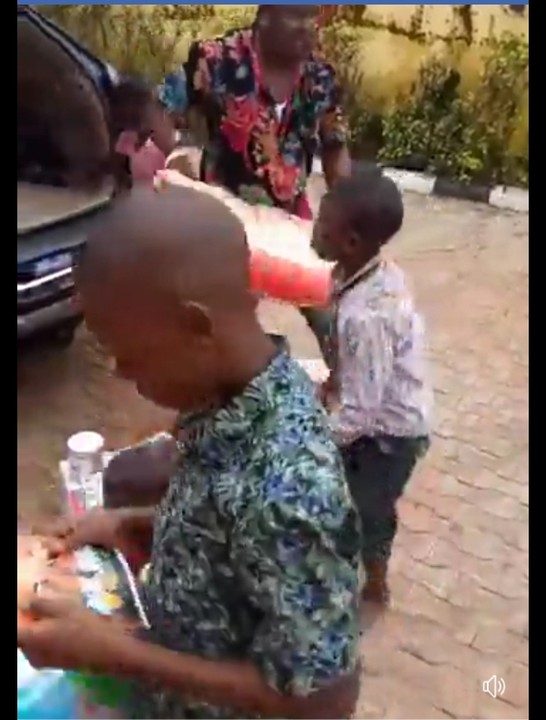 Native Doctor Visits Orphanage Home In Delta, Donates Gifts