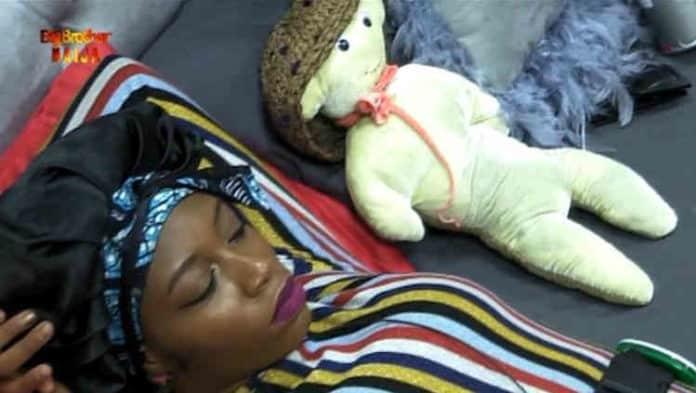#BBNaija: Khafi Replaces Gedoni With A 'Teddy Bear'