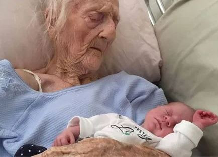74-Year Old Woman Gives Birth To Twins After 54 Years Of Marriage (Photos)