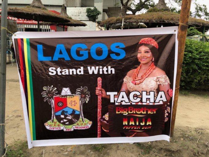 #BBNaija: Team Tacha Clash With Team Seyi In Surulere, Lagos (Video)