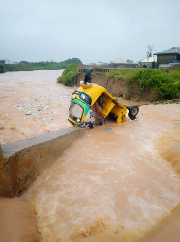 Lady Drowns In Floodwater Five Days To Her Wedding In Kaduna (photos) 14