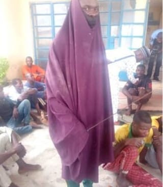 Niger Police Arrest 24 Year-Ild Man Who Disguise In Hijab To Steal Used Female Pants 6