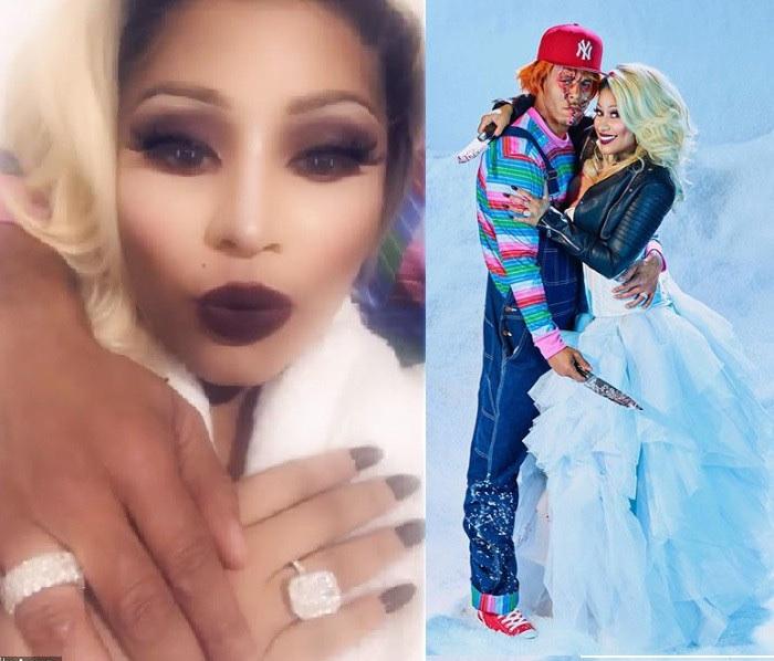 Nicki Minaj Flaunts $1.1million Wedding Ring 28