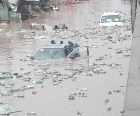Flood kills student while controlling traffic in Delta state 3