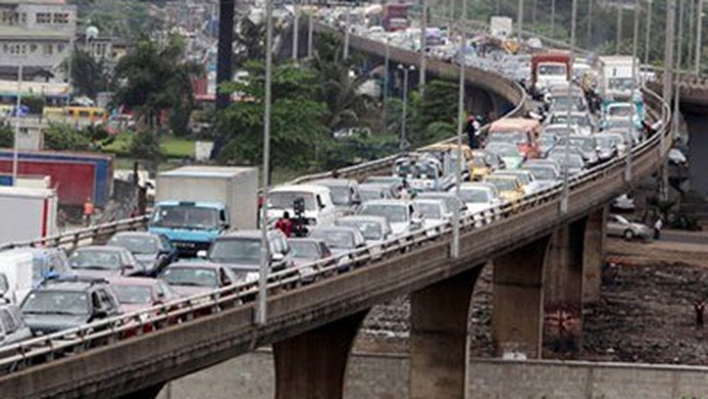 Lagos state government to close down Costain bridge today 3