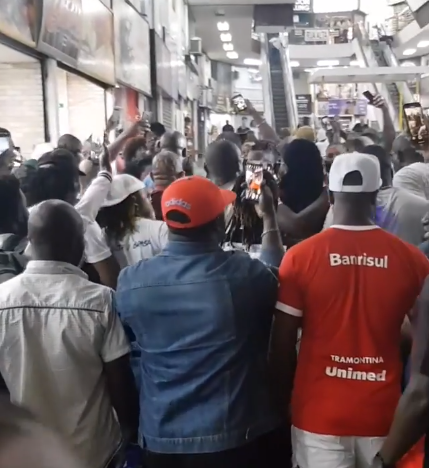 2face Mobbed By Fans In Brazil 5
