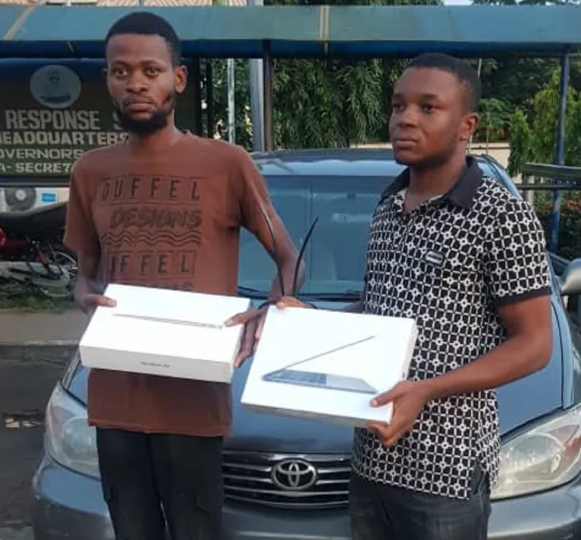 South African Returnee Steals Three Laptops Worth N1.5million At Gunpoint In Lagos 3