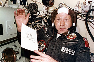 First Man To Walk On Space, Alexei Leonov Is Dead