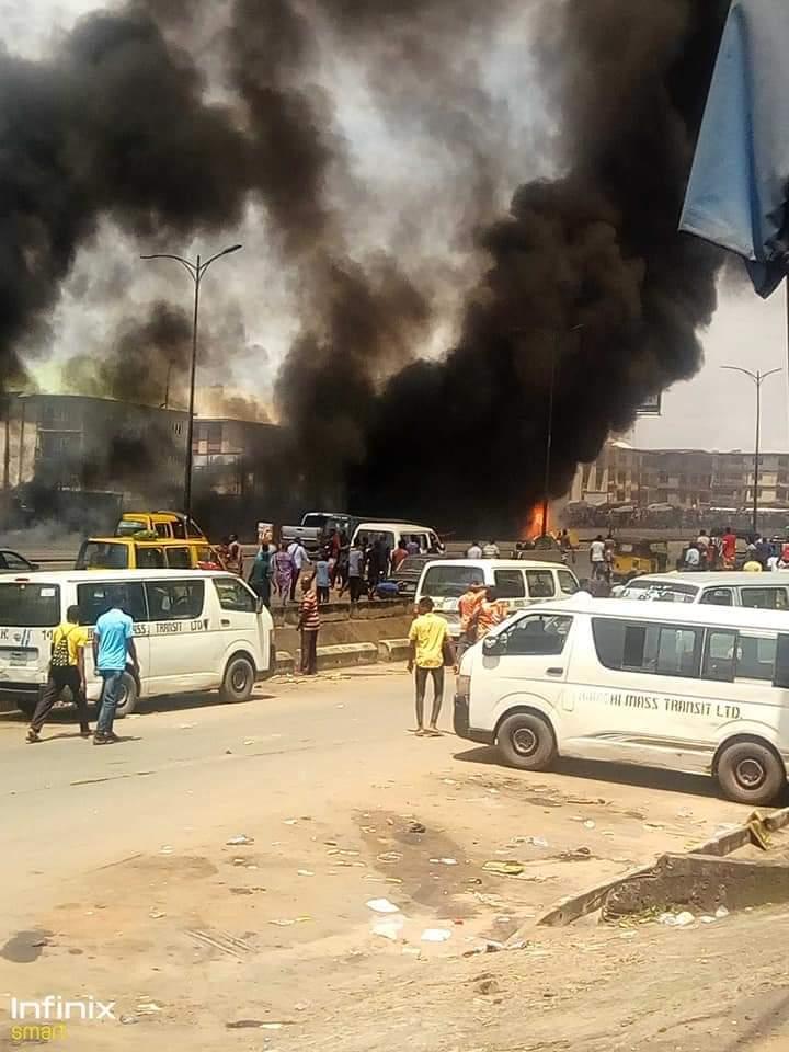 Fire Breaks Out In Ochanja Market, Anambra (Photos)