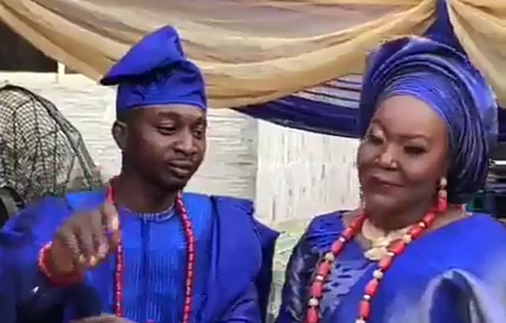 Yoruba Man Says NO To Letting Wife Kneel Down And Feed Him On Wedding Day (Video)