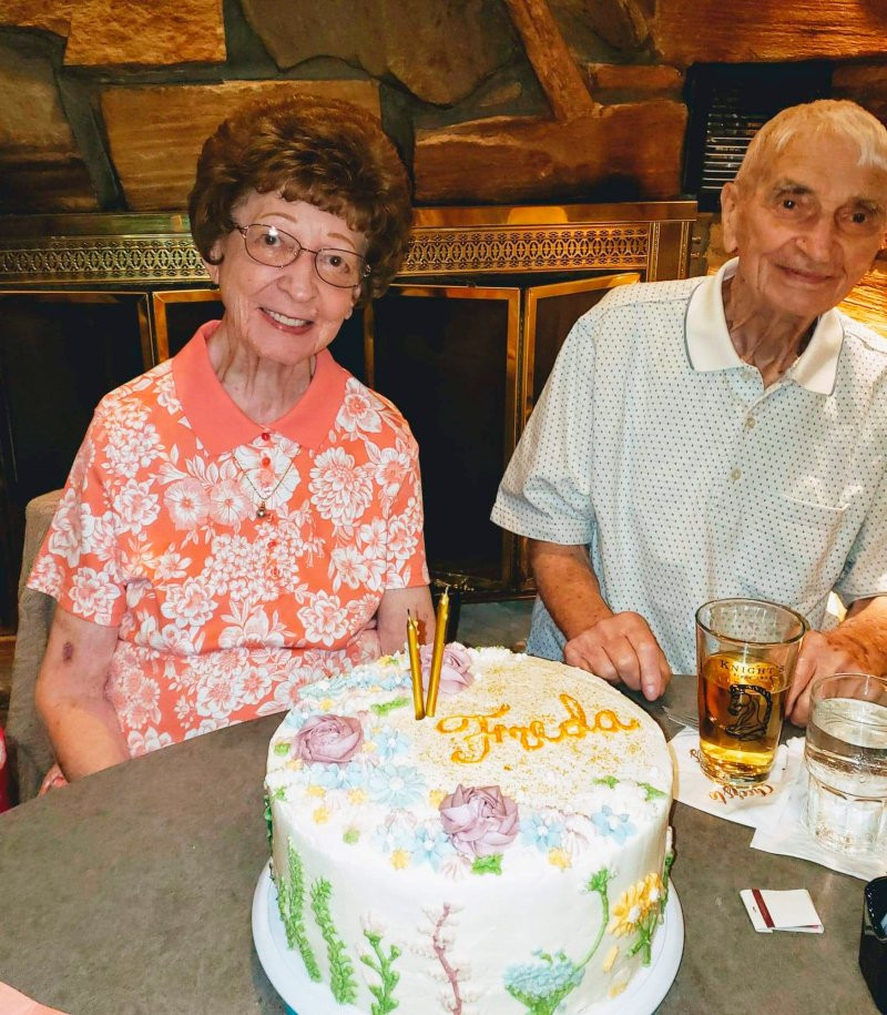 Husband And Wife Who Were Married For 70 years Die 20 Minutes Apart