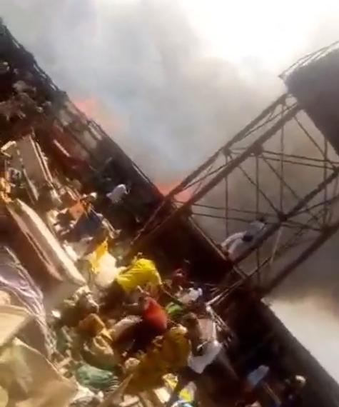 Fire Demolishes Ekiosa market in Benin (video)