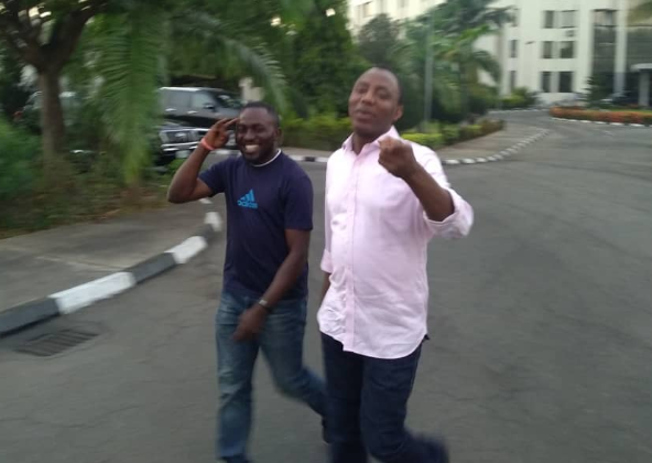 Omoyele Sowore Has Been Released By SSS (Photos) 9
