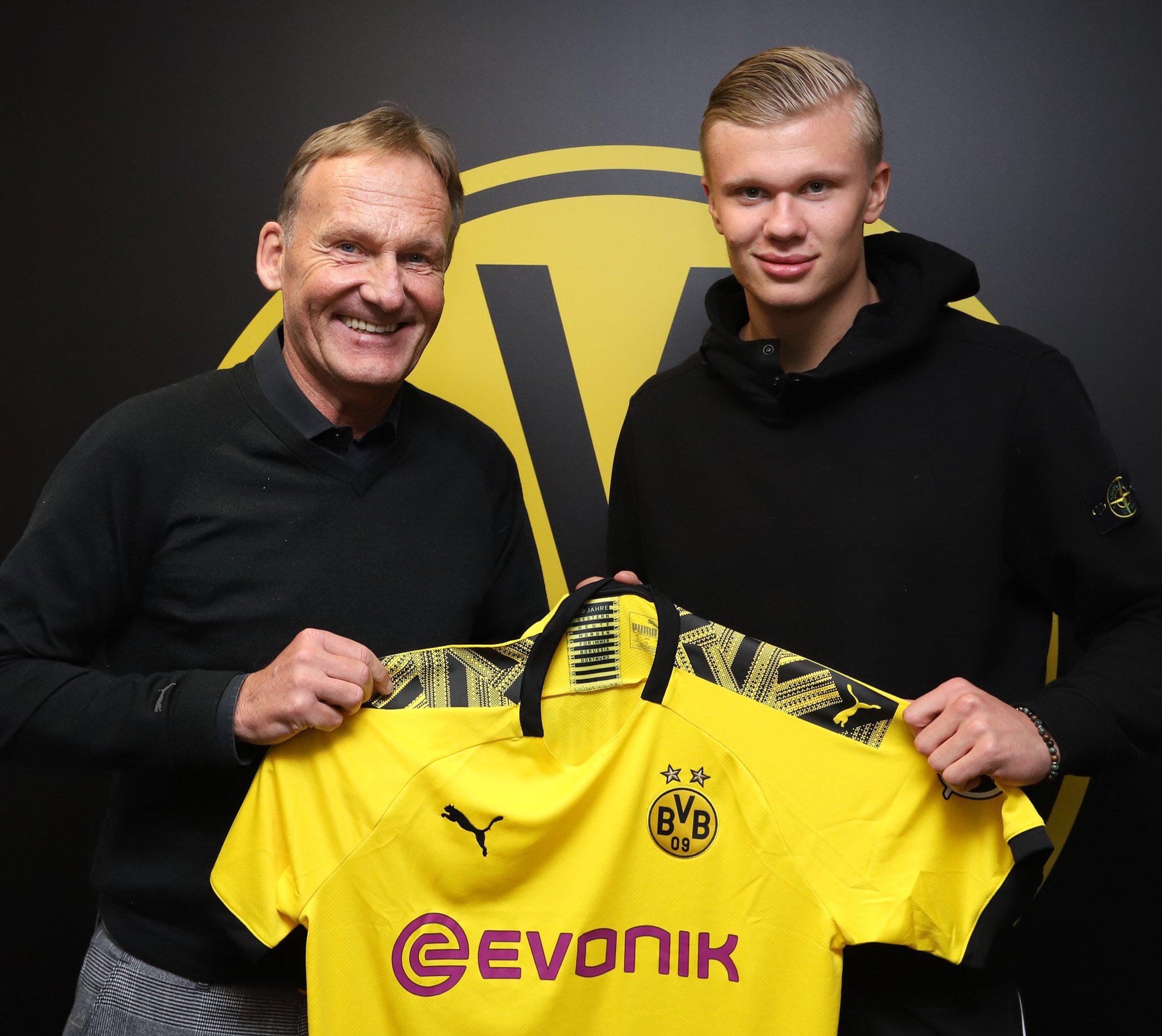 Borussia Dortmund Signs Haaland From Red Bull Salzburg