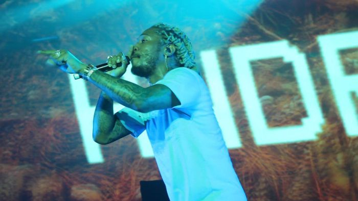 Future Thrills Fans During Performance In Lagos (Watch Video)