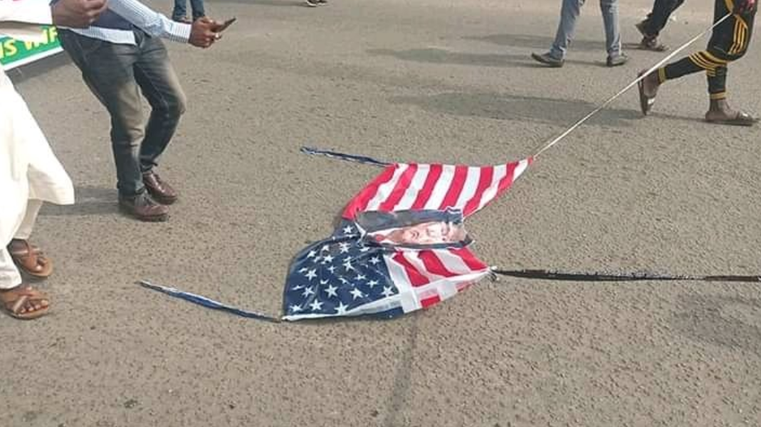 Shiites Protest In Abuja, Burn US Flag Over Soleimani's Death (Photos)
