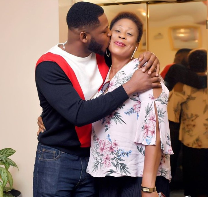Frodd Shows Off His Mom To Mark Her 50th Birthday 9