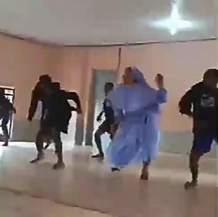 "Reverend Sister Shows Off Her ""Gwara Gwara and Legwork"" Dance Steps (Video) 1"