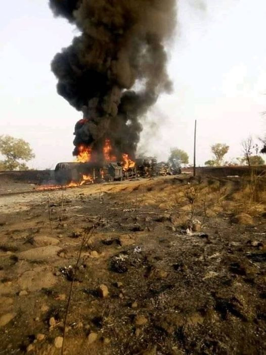 Many People Perish As Tanker Explodes In Benue (Photos) 13