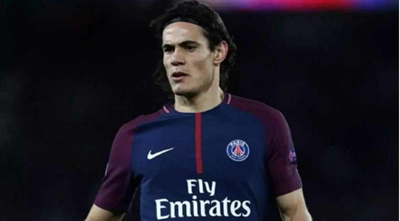 Cavani Rejects Manchester United