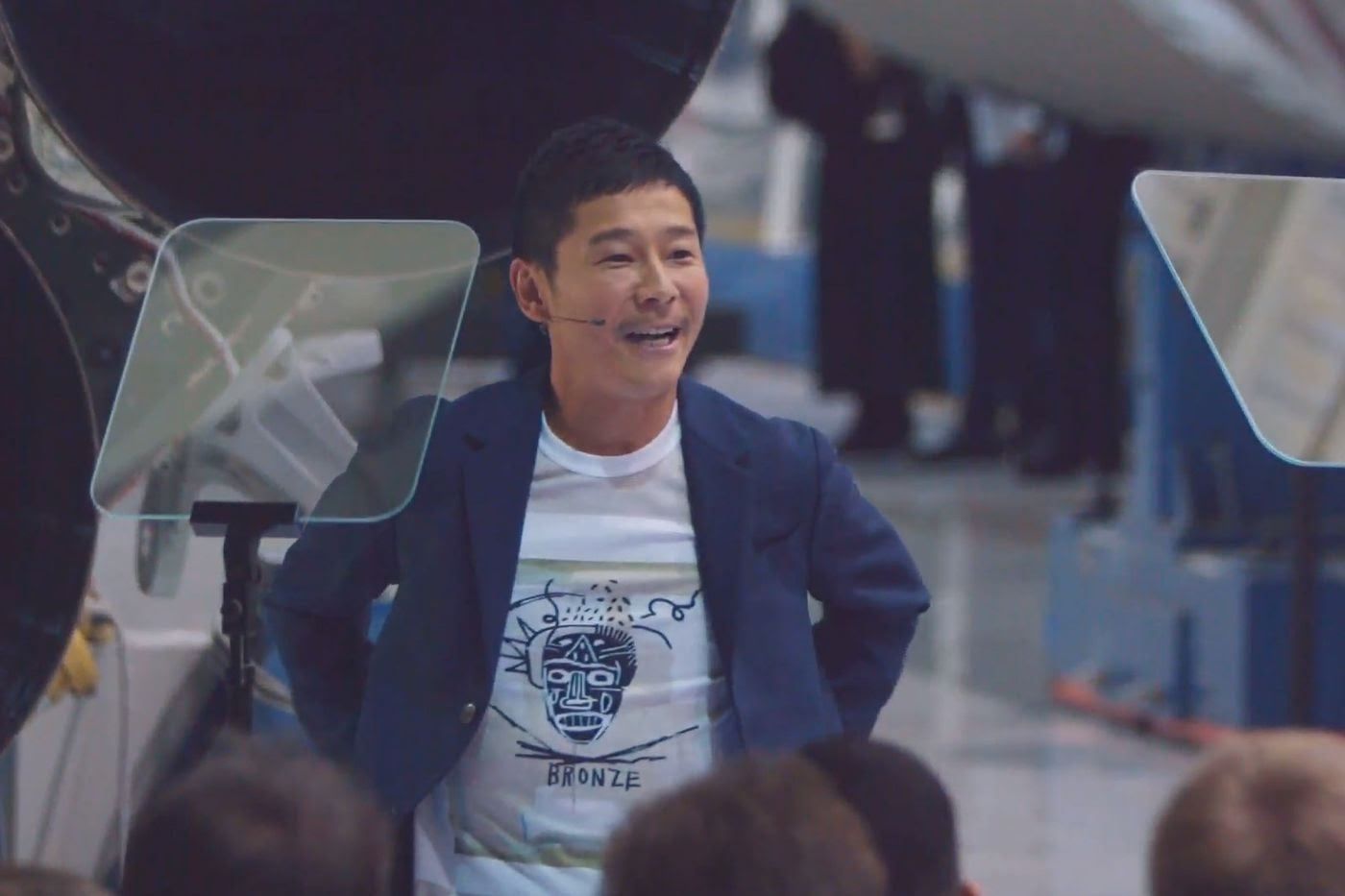 Japanese Billionaire Is Giving His Twitter Followers $9 Million To Know If The Money Makes Them Happier