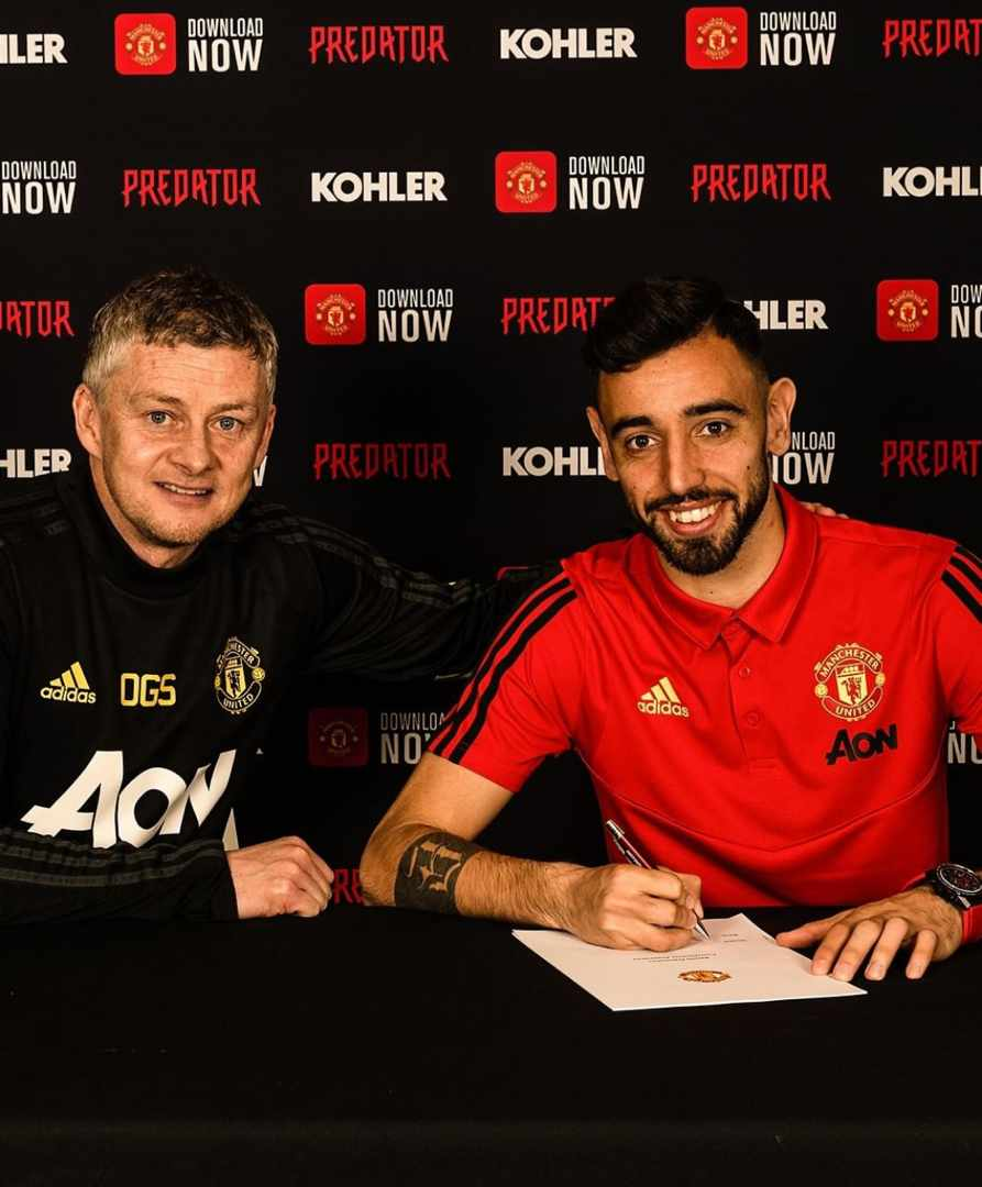 Manchester United Officially Signs Bruno Fernandes For €55M