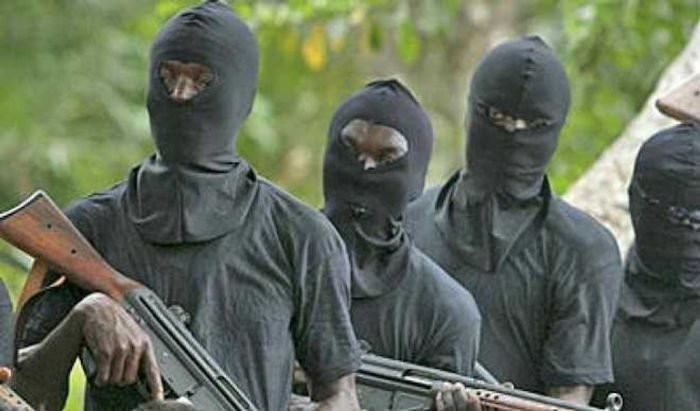 Wife, Son Of Atiku's Security Detail Abducted By Gunmen
