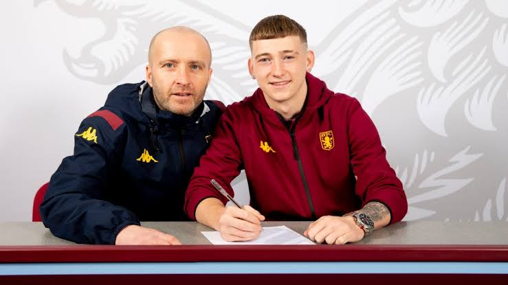 Louie Barry Leaves Barcelona To Join Aston Villa