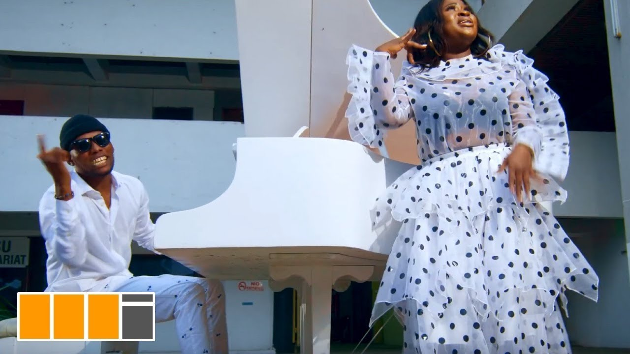 VIDEO: Sista Afia Ft Victor AD – Paper