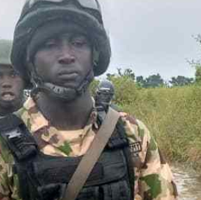 Soldier Kills Four Of His Colleagues Before Committing Suicide In Borno (Photo) 6