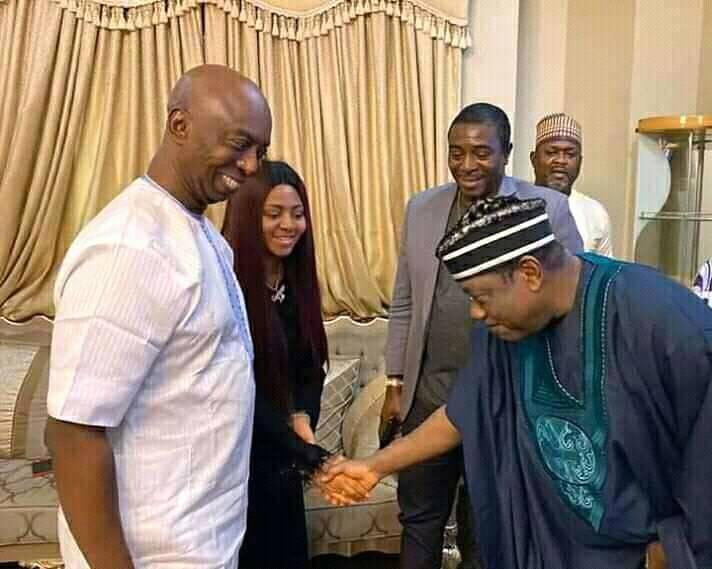 NAWA O! Nigeria's Minister for Special Duties George Akume bowed to actress Regina Daniels (Photo) 1