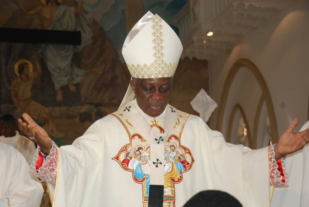 Coronavirus: Catholic Archdiocese of Lagos Suspends Sign Of Peace, Tells Priests To Give Communion On The Palms
