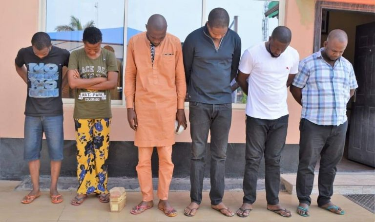 Suspect Caught With Mini Coffin As EFCC Arrests 6 Yahoo Boys In Ibadan (Photos) 1