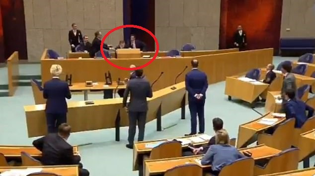Dutch Health Minister collapses in Parliament due to 'coronavirus fatigue' (Video)