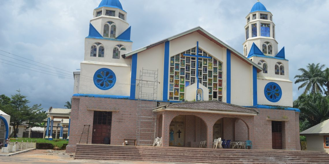 Catholic Priests Collapses, Dies During Mass In Rivers State