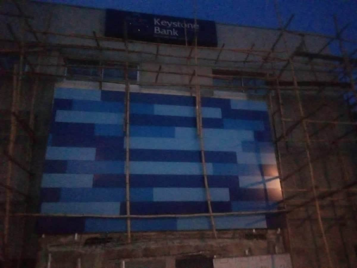 Keystone Bank Building Collapses In Lagos, Claims Live Of Labourer