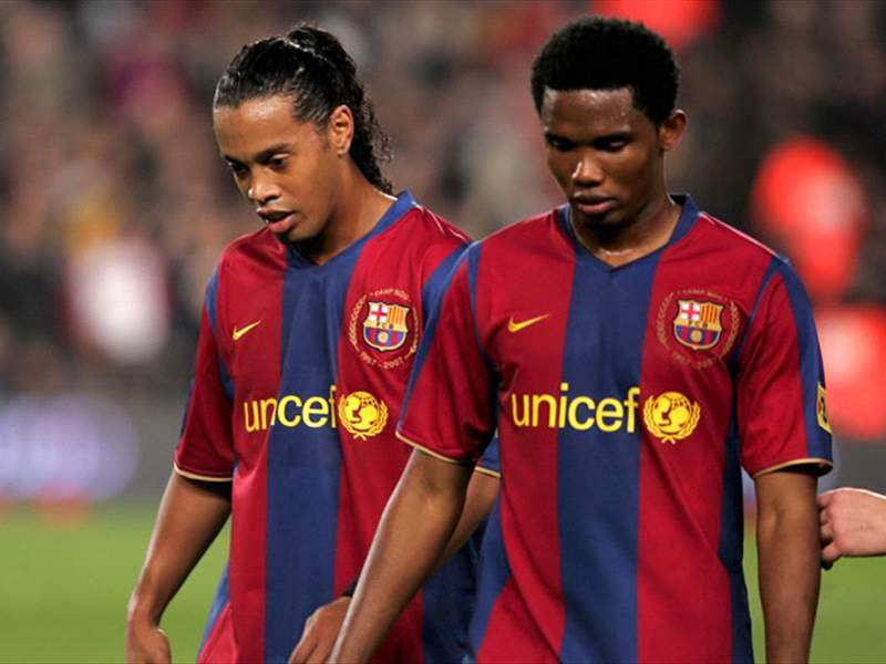 Samuel Eto'o Sends Emotional Message To Ronaldinho As He Celebrates His 40th Birthday In Jail (Video)