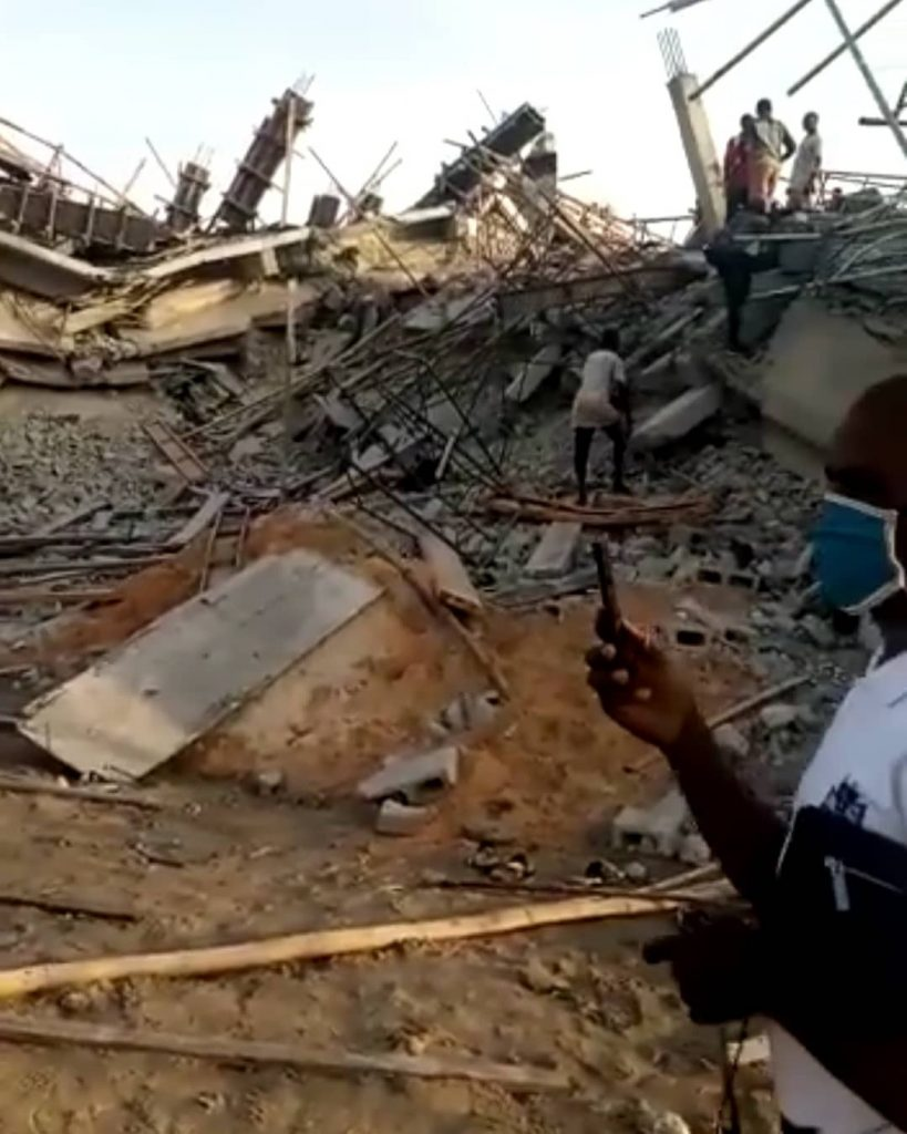 Many Feared Dead As 8-Storey Building Under Construction Collapses In Imo (Photos) 17