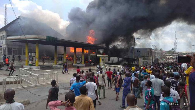 NNPC Petrol Station In Ogba Gutted By Fire (Video)