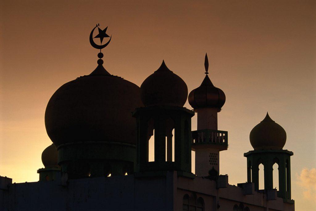Kano Gov't Arrests Imam For Holding Juma'at Prayer Despite Coronavirus Lockdown