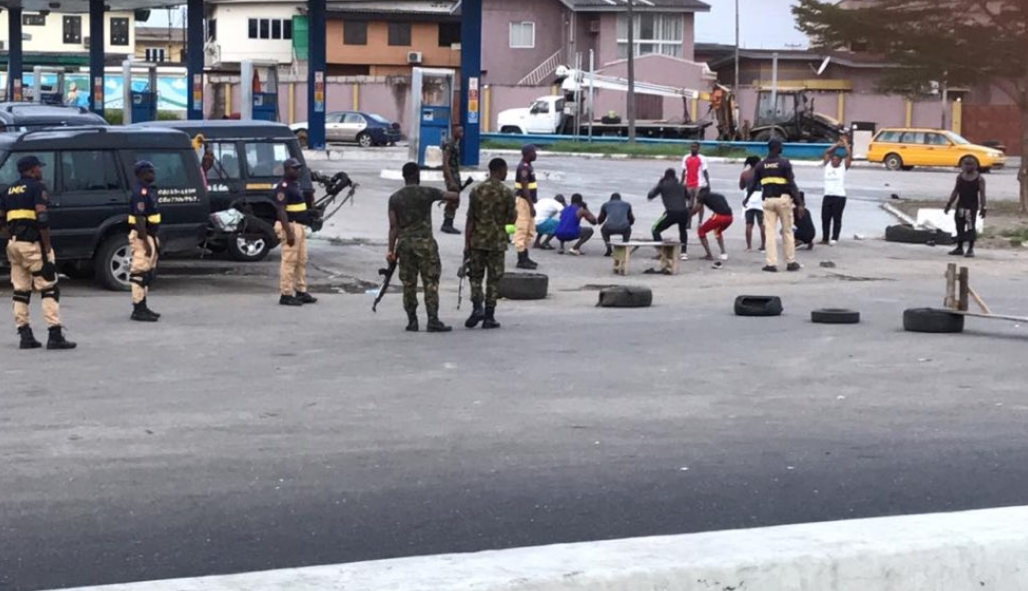 Soldiers Punish Lagos Residents For Coming Out To Exercise Despite Lockdown Order (Photo)