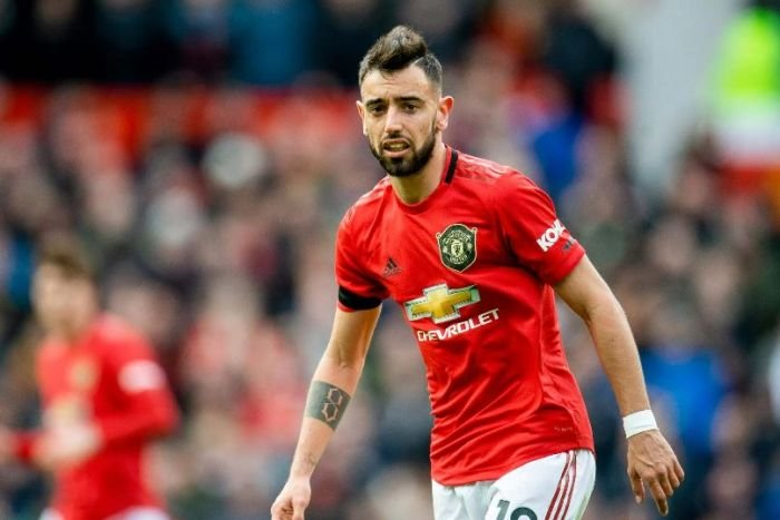 Bruno Fernandes Wins Manchester United's Player Of The Year Award