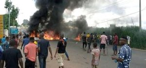 Anambra Youths Protest The Killing Of 22-Year-Old Boy By Police 6