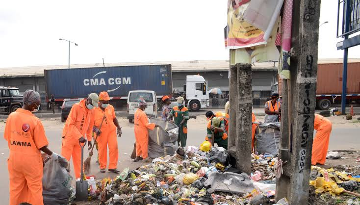 FG To Pay Unemployed Youths N20,000 Monthly To Sweep Markets, Clear Gutters 4