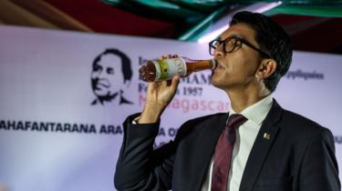 """""""We Have Been Offered $20M To Poison Coronavirus Herbal Cure"""" – Madagascar President Rajoelina"""