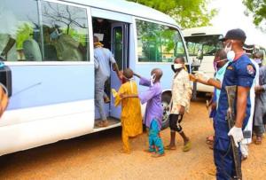 Nasarawa state government sends 788 Almajiris back to their homestates amid Coronavirus pandemic 10