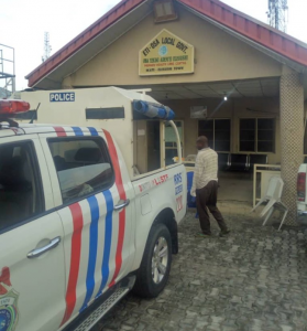 RRS Rushes Pregnant Woman Who Gave Birth On The Road To Hospital 3