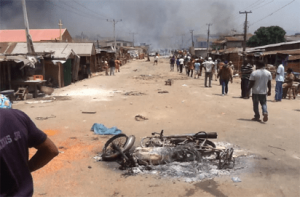 Many feared dead, 300 injured, 50 missing as 2 Anambra communities clash 3