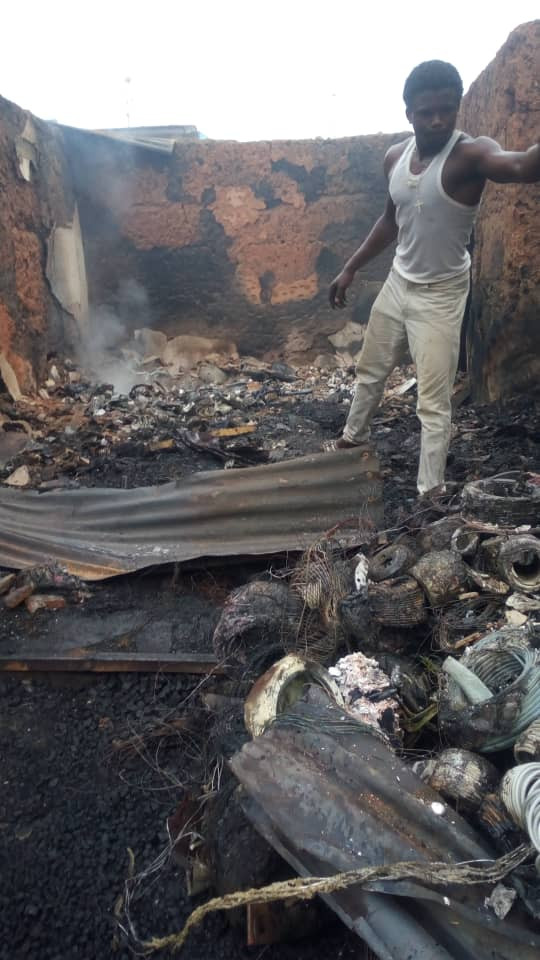 Fire Outbreak Leaves 20 Shops, 5 Houses Totally Destroyed In Akure (Photos)