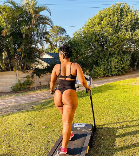 Zodwa Wabantu Puts Her Pub*c Hair On Display As She Shows Her Acrobatic Skills With Impressive Handstand (Photos)